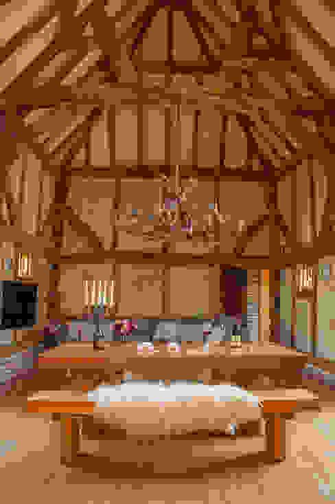 No Footsie Grand Antler Chandelier Port Wood Furniture Studio ComedorIluminación