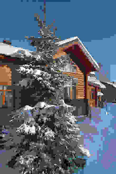 Casas de estilo  por Архитектурная студия 'Солнечный дом', Rural