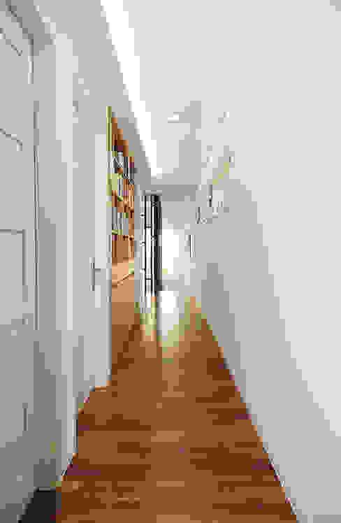 Corridor, hallway by OUA 오유에이