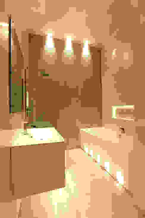 Paleis-Hof Moderne badkamers van Brand Olink Architecten Modern