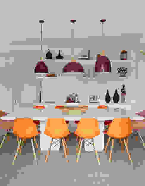 Dining room by Duda Senna Arquitetura e Decoração, Eclectic