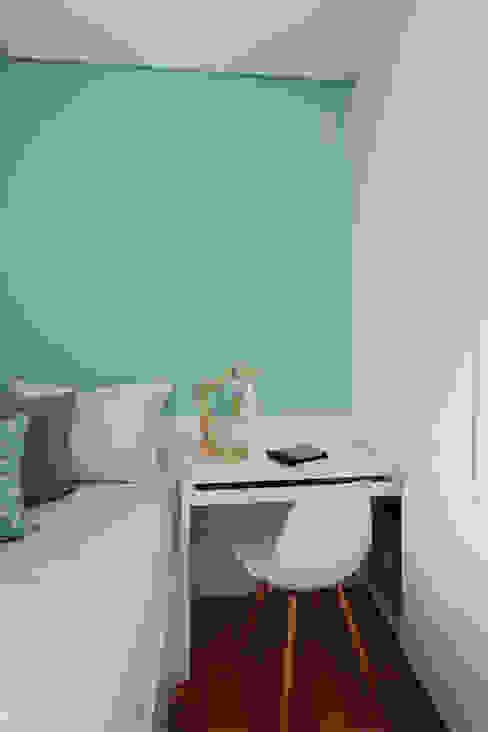 Camera da letto eclettica di Duda Senna Arquitetura e Decoração Eclettico