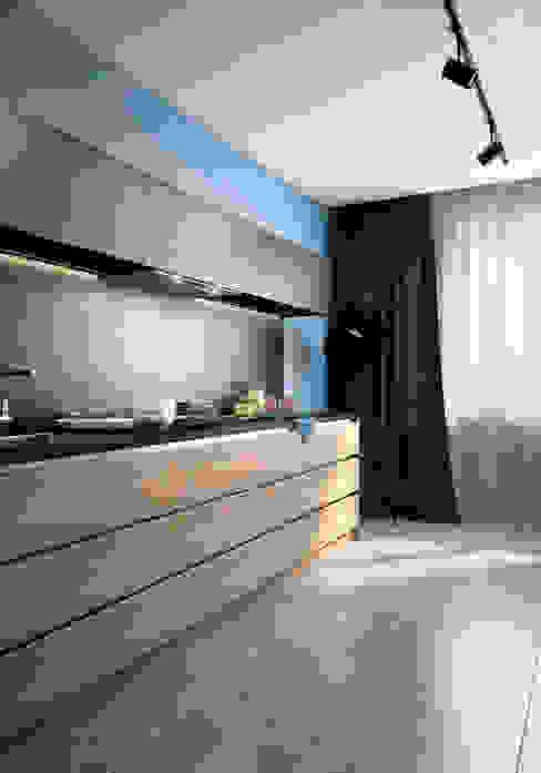 Cocinas de estilo minimalista de VAE DESIGN GROUP™ Minimalista