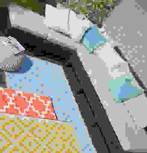 Outdoor-Teppiche - Die Alleskönner unter den Teppichen RUGit Store Skandinavischer Balkon, Veranda & Terrasse