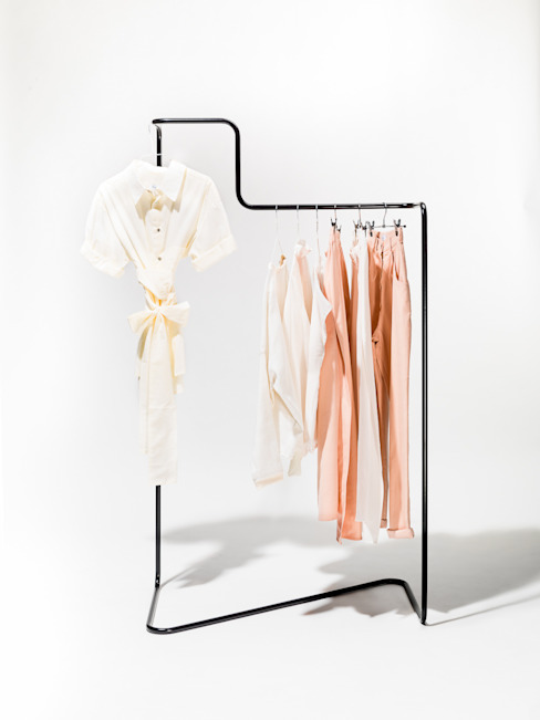 """Solid line"" clothes rack par Phil Divi Product Design Éclectique"