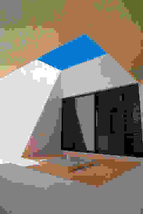 根據 Alberto Zavala Arquitectos 現代風