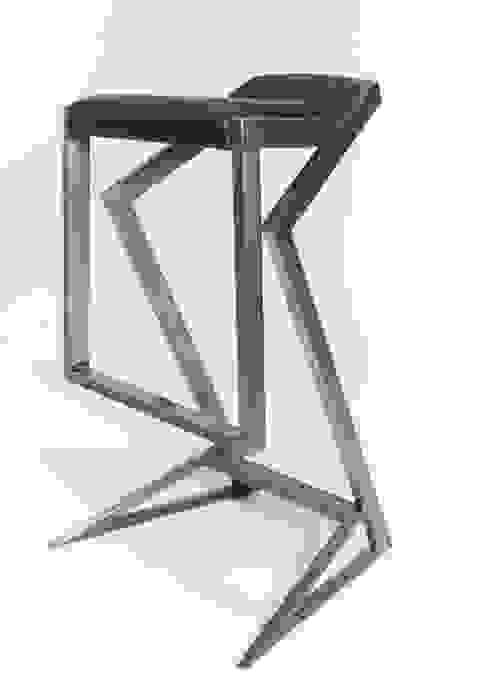 Steel and leather bar stool par NordLoft - Industrial Design Industriel