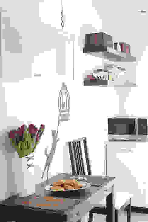 Kuchnia Nowoczesna kuchnia od Tarna Design Studio Nowoczesny