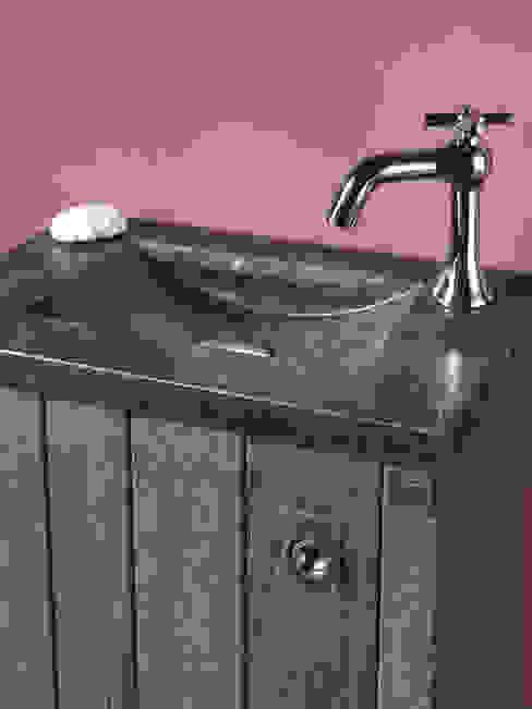 Waschbecken aus Natustein von F&F Floor and Furniture Landhaus