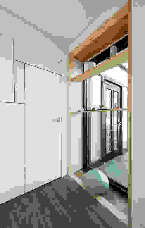 Modern Koridor, Hol & Merdivenler 비에스디자인건축사사무소 Modern
