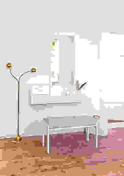 Modern Corridor, Hallway and Staircase by Versat Modern