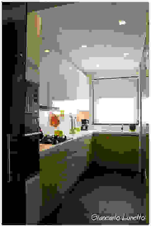 Kitchen by Ignazio Buscio Architetto