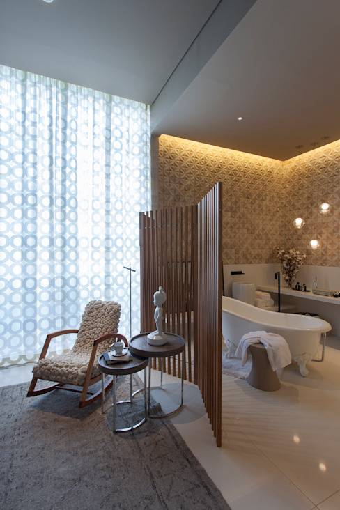 Modern style bathrooms by Denise Barretto Arquitetura Modern