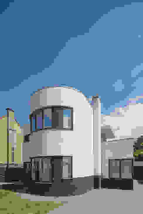 Restauratie Woonhuis Hoensbroek:   door Architectenbureau beckers,