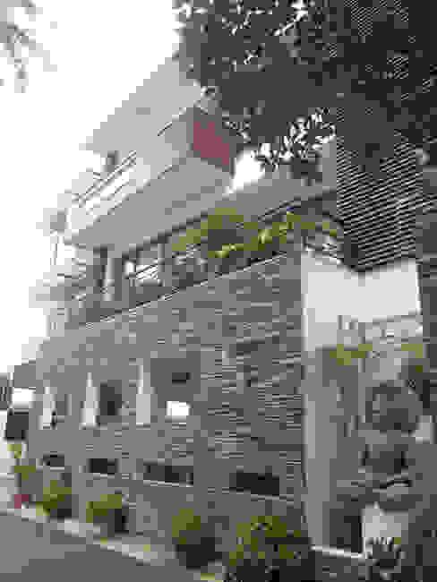 VIJAYA RESIDENTIAL APPARTMENTS Modern houses by Muraliarchitects Modern