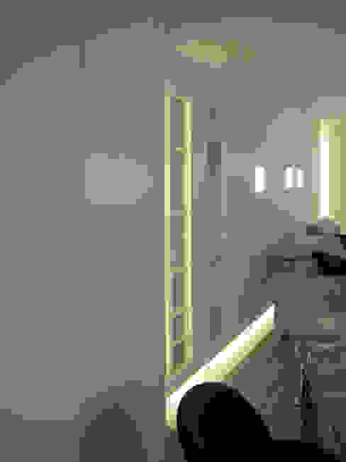 minimalist  by Laura Canonico Architetto, Minimalist