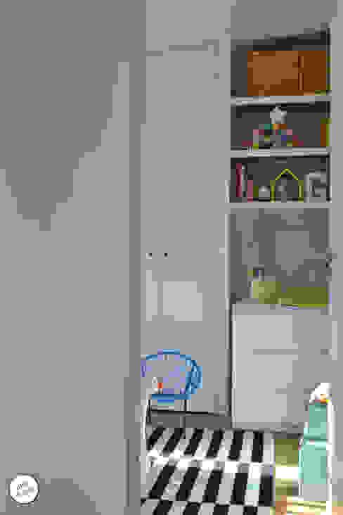 Réhabilitation de maison individuelle Chambre d'enfant moderne par Julie Le Goff Moderne
