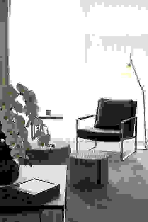 modern  by HC Interiors, Modern