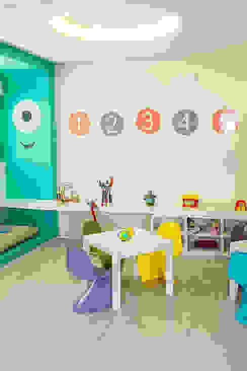 Chambre d'enfant moderne par POCHE ARQUITETURA Moderne