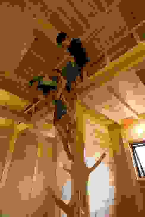 ロフト付子ども部屋 オリジナルデザインの 子供部屋 の homify オリジナル