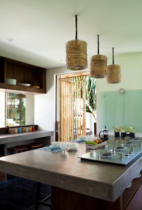 Kitchen Tropical style kitchen by homify Tropical