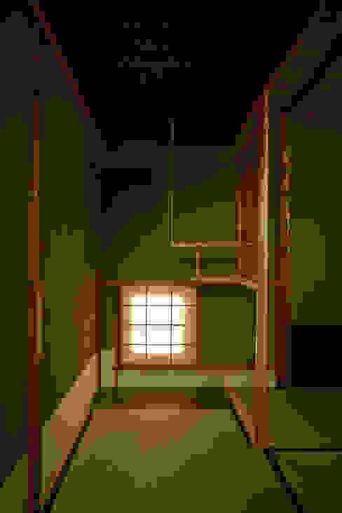 茶室: 株式会社吉川の鯰が手掛けた和室です。,クラシック