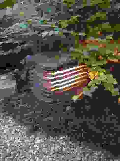 瓦の照明: 木村博明 株式会社木村グリーンガーデナーが手掛けた折衷的なです。,オリジナル