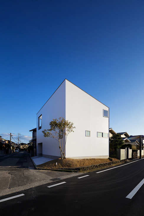 bent: 一級建築士事務所hausが手掛けた家です。,北欧