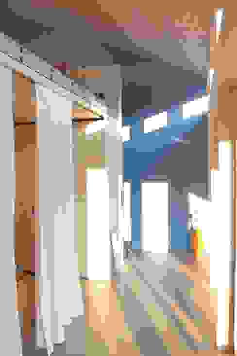 An- und Neubau EFH Lässer-Hoch Moderne Schlafzimmer von bb architektur gmbh Modern