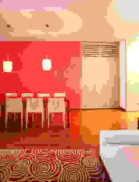 casa rossa di isabella maruti architetto Moderno