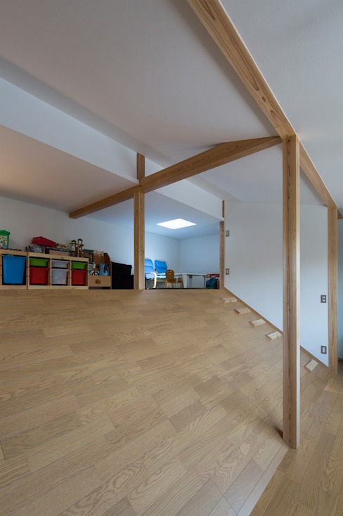 横浜の二世帯住宅 子供室 モダンデザインの 子供部屋 の 一級建築士事務所 感共ラボの森 モダン