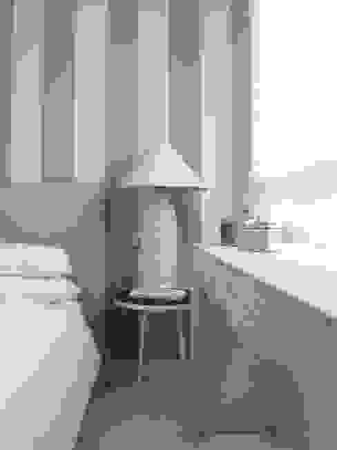 casa Fiori Camera da letto in stile mediterraneo di Studio Matteoni Mediterraneo