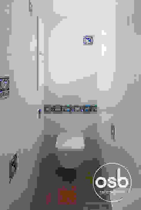 Salle de bains de style  par osb arquitectos, Méditerranéen