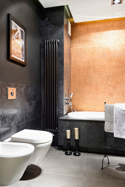 ŁAZIENKA ZE ZŁOTĄ ŚCIANĄ: styl , w kategorii Łazienka zaprojektowany przez ZEN Interiors - Architektura Wnętrz,Nowoczesny
