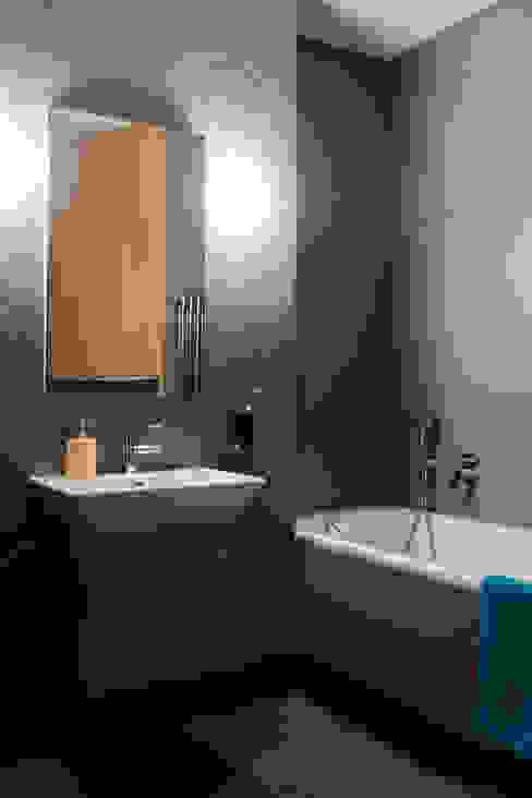 Mieszkanie na Bemowie: styl , w kategorii Łazienka zaprojektowany przez Jacek Tryc-wnętrza,Nowoczesny