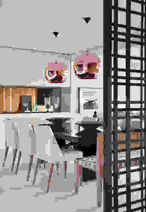 Comedores modernos de BC Arquitetos Moderno