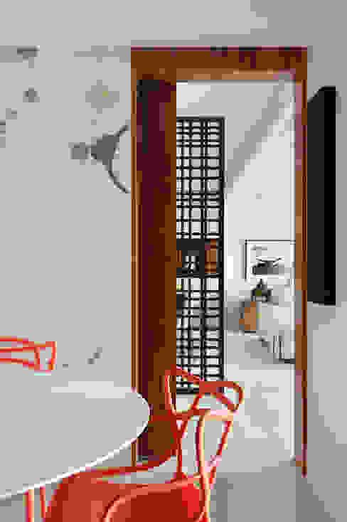 Cocinas modernas: Ideas, imágenes y decoración de BC Arquitetos Moderno