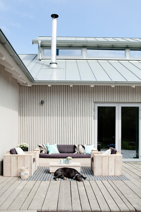 Scandinavian style balcony, porch & terrace by raphaeldesign Scandinavian