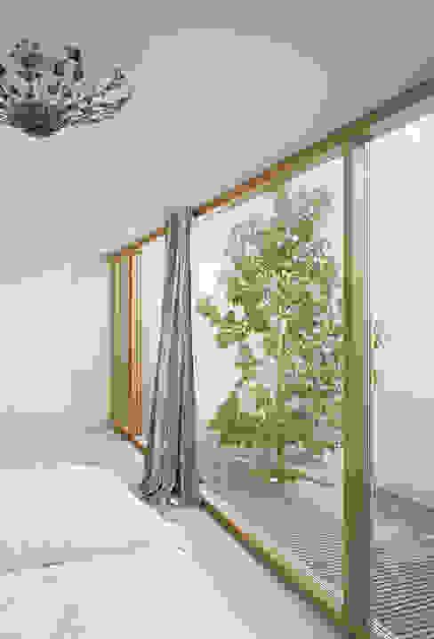 Bedroom by Rossetti+Wyss Architekten