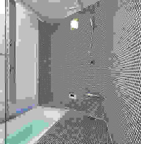 宇宿の住宅: アトリエ環 建築設計事務所が手掛けた浴室です。,モダン