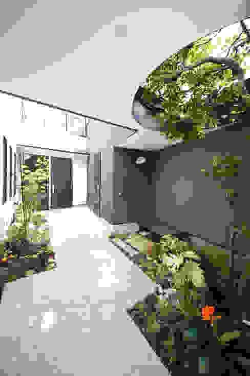 TERAJIMA ARCHITECTS/テラジマアーキテクツ Taman Modern