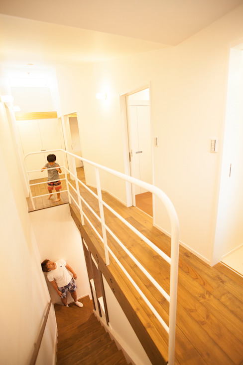 Koridor & Tangga Minimalis Oleh ADS一級建築士事務所 Minimalis