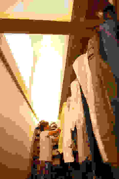 Dressing room by ADS一級建築士事務所, Minimalist