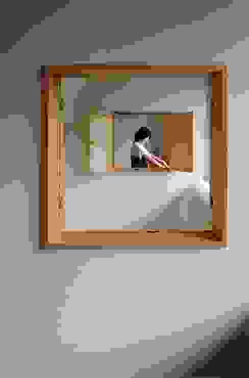 正面にある家 モダンな 窓&ドア の 中西ひろむ建築設計事務所/Hiromu Nakanishi Architects モダン