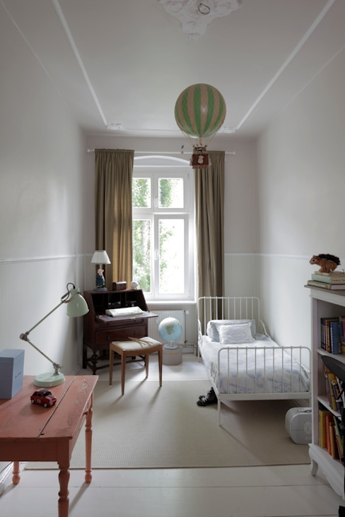 Dormitorios infantiles clásicos de homify Clásico