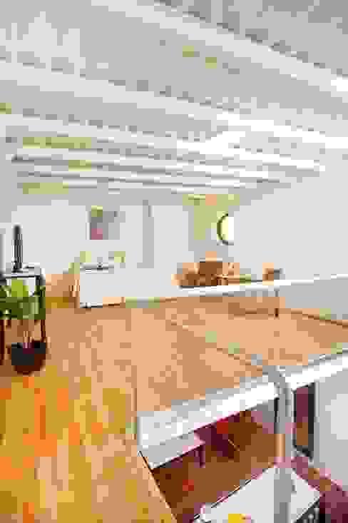 Dormitorio - Mesanin Taller Estilo Arquitectura Hoteles de estilo ecléctico