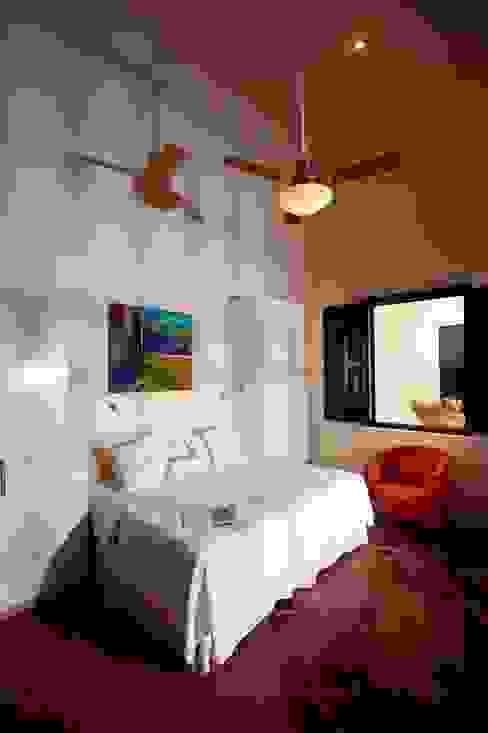Hotels by Taller Estilo Arquitectura,