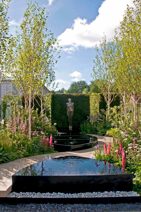 RHS Chelsea 2015 - Breakthrough Breast Cancer garden Ruth Willmott Jardines de estilo clásico
