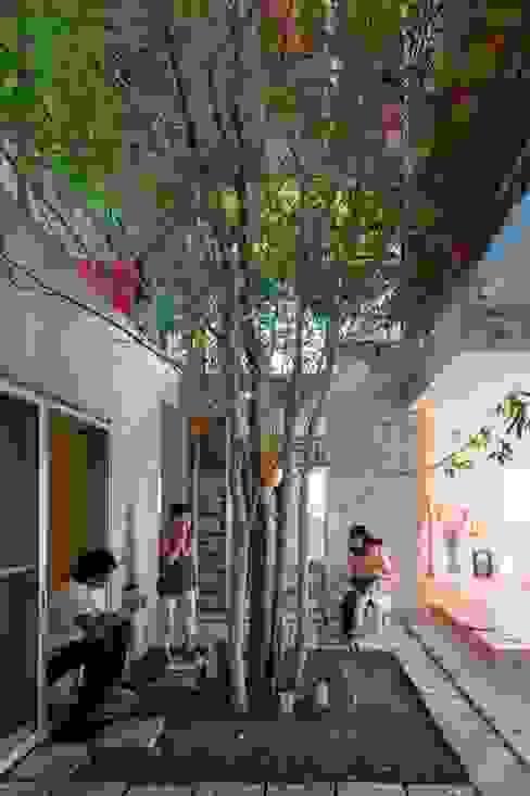 4+1HOUSE (2013) オリジナルデザインの 多目的室 の 一級建築士事務所ヨネダ設計舎 オリジナル