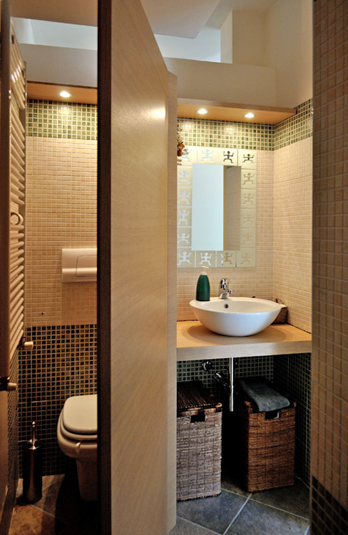 Modern bathroom by Valtorta srl Modern